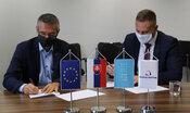 TS: FIIT STU a Sociálna poisťovňa podpísali memorandum o spolupráci
